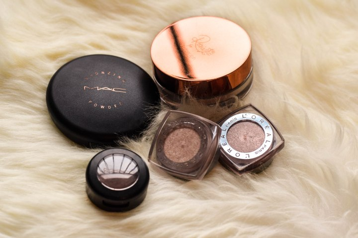 Bronzer, Highlighter and eye shadow