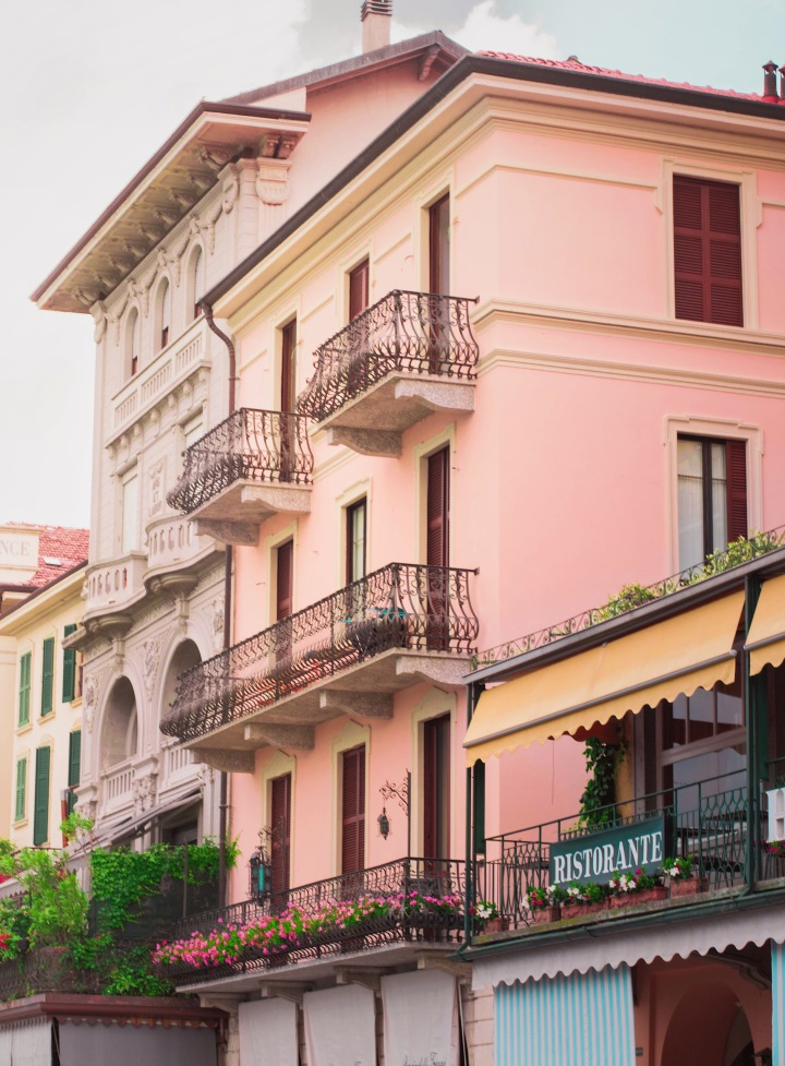 Italian houses at lake como