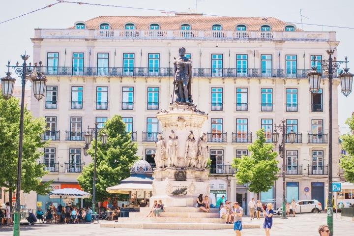 Big house in Lisbon / Portugal