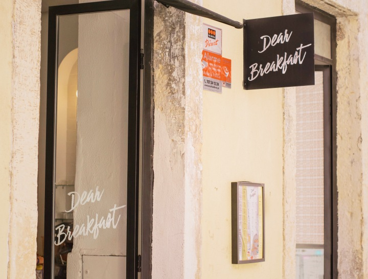 Dear Breakfast cafe in Lisbon / Portugal